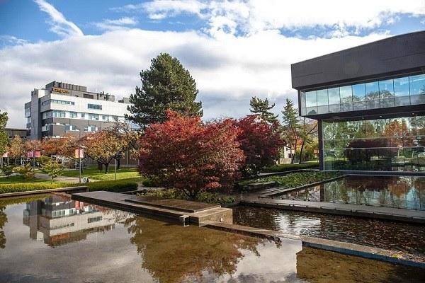 Canada_College